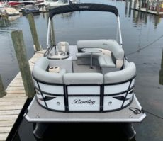 14' Bentley Pontoon Rental